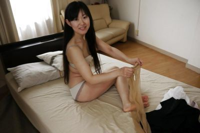 Asian babe Ayane Ikeuchi posing in skirt and pantyhose bares tiny tits - part 2
